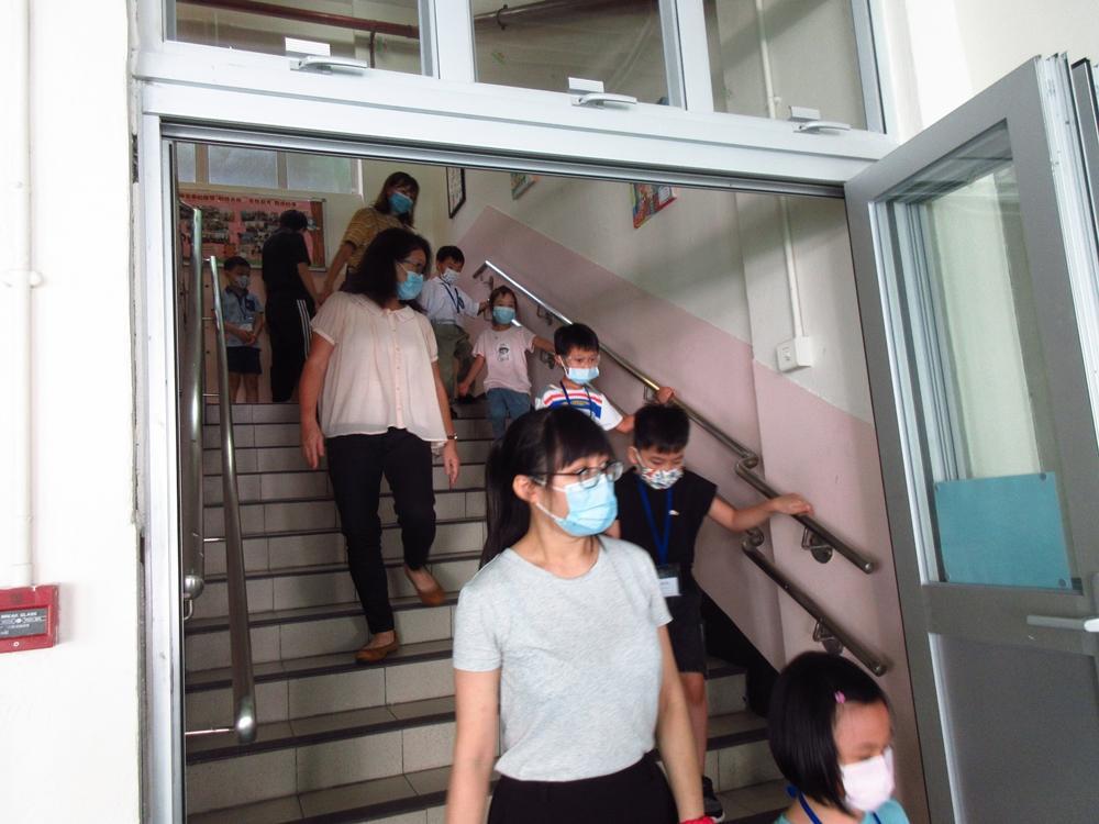 https://www.sls.edu.hk/sites/default/files/04_200923-25_015.jpg