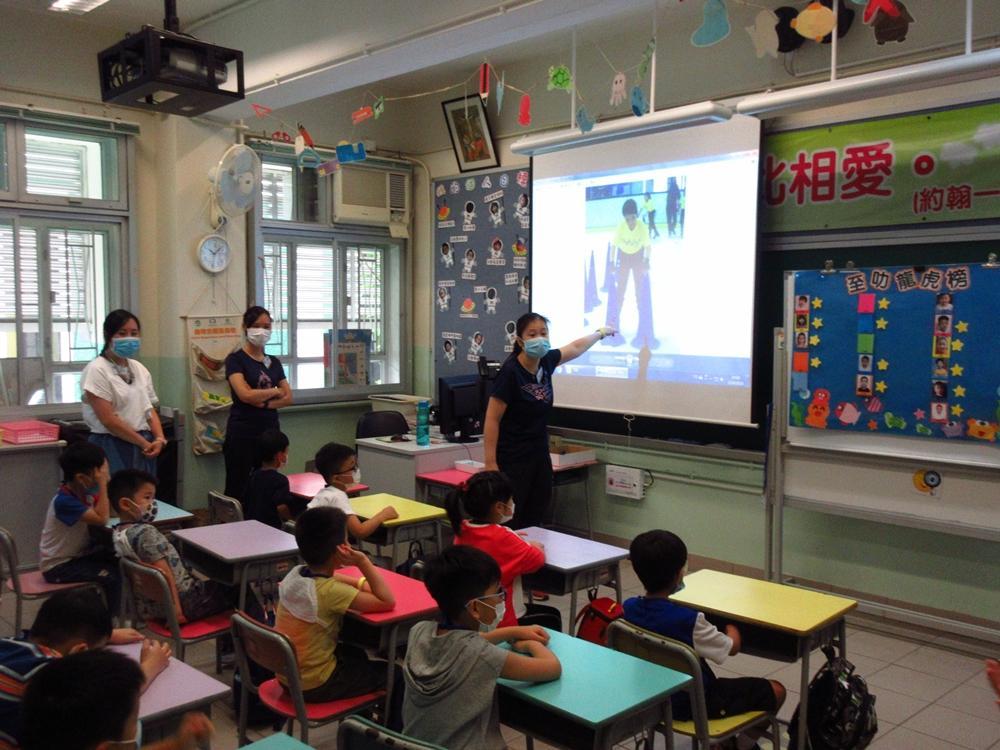 https://www.sls.edu.hk/sites/default/files/04_200923-25_018.jpg
